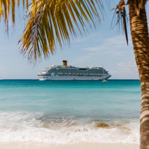 Caribbean tourism recovery punctured by new coronavirus spike