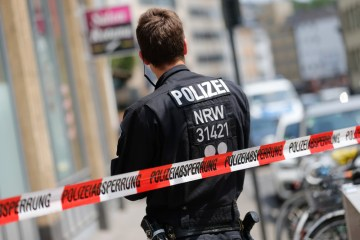 German police arrest four over threat to synagogue