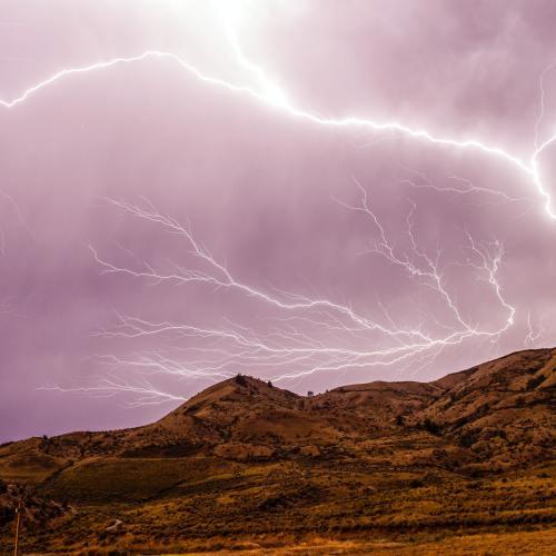 'Apocalypse': rare lightning adds to quake awe in Mexico