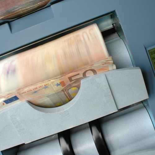 Euro zone inflation confirmed at 10-year high on energy surge