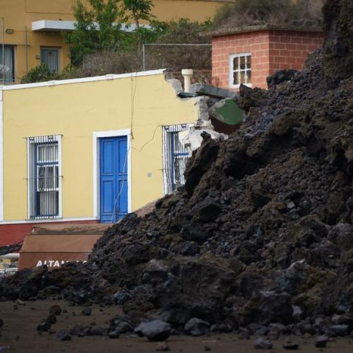 Canary Islands eruption could last for three months