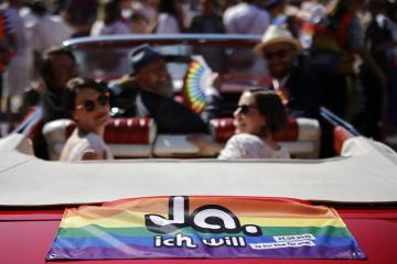 Divided Swiss to vote on same-sex marriage