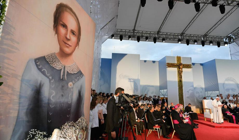 Photo Story – Pope Francis' Apostolic Journey to Slovakia