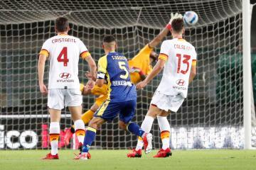 Mourinho suffers first defeat as Roma boss at Verona