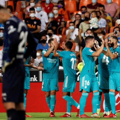 Real Madrid stage late comeback to win at Valencia