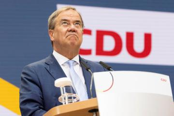 German CDU's Laschet admits 'painful losses' in federalelection, insists on coalition talks