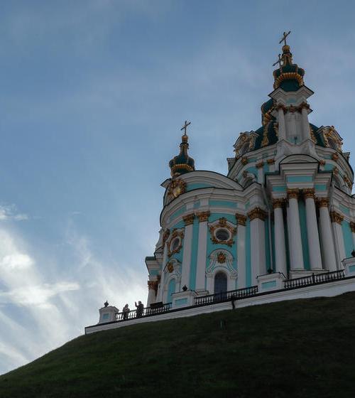 UPDATED: Ukrainian shuts schools as coronavirus death toll hits new record