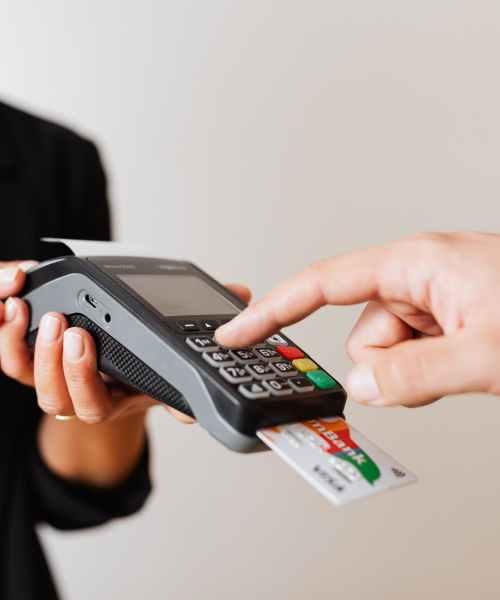 Card spending in UK falls below pre-COVID average – ONS