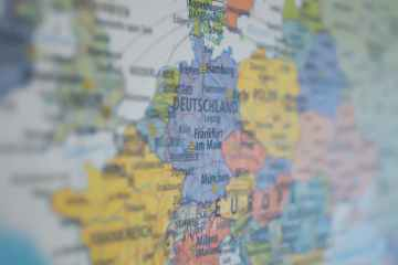 German business morale deteriorates further in October