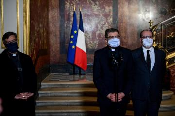 France's top bishop acknowledges that law takes precedence over confession secrecy