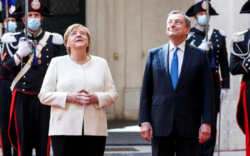 Draghi thanks Merkel for decisive role in EU future