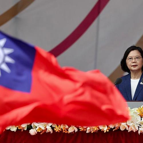 Taiwanwon't be forced to bow to China, president says