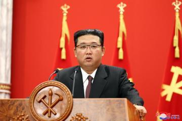 Flanked by nuclear missile, N.Korean leader says U.S., S.Koreathreaten peace