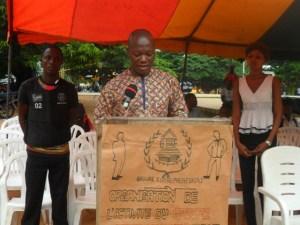 M. Abd Razack, entrain de communiquer sur le thème : « Les secteurs porteurs au Bénin »