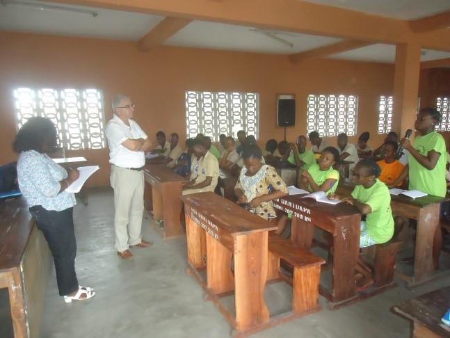 Visite de la délégation au CEG Dantokpa