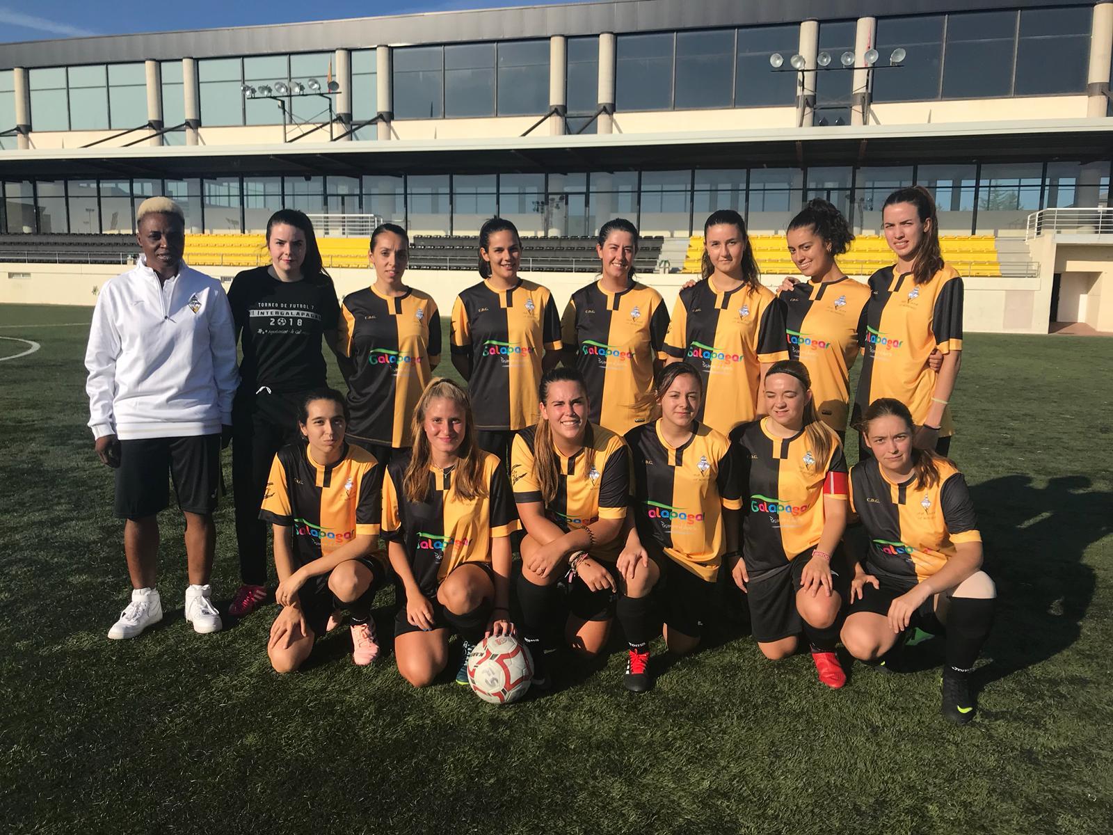 Foto de equipo femenino aficionado