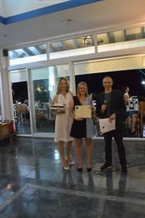 Nina Pineau reçoit le prix de la 3ème meilleure plaideuse