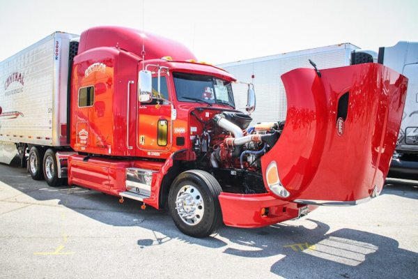 Custom Truck Pictures from 2012 Iowa 80