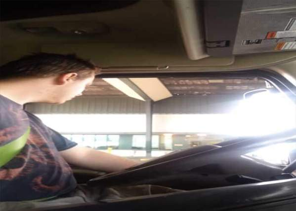 Video: Truck Driver Challenges Border Patrol, Ends Up With Busted Out Window