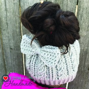 cabled-messy-bun-bow-hat