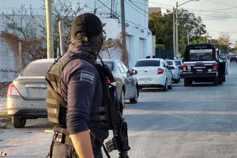 Arrestan a 10 presuntos integrantes del Cartel de Sinaloa en Quintana Roo