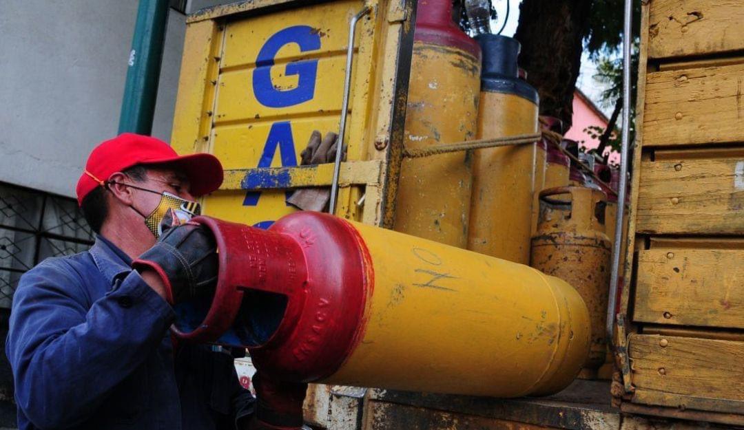 Gaseros levantan paro y reanudan distribucion de gas LP en el Valle de