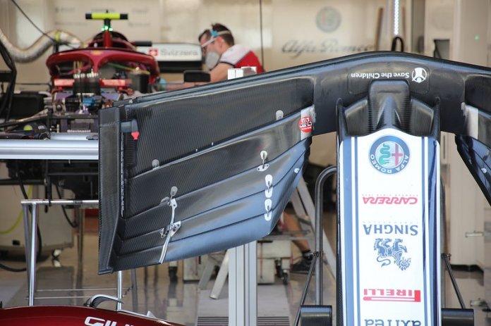 Alfa Romeo Racing C38, alerón delantero