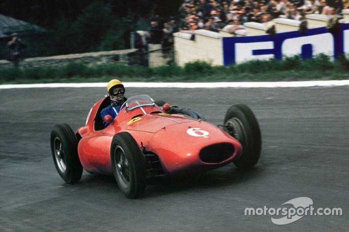 1955-1956: Ferrari 555 Supersqualo