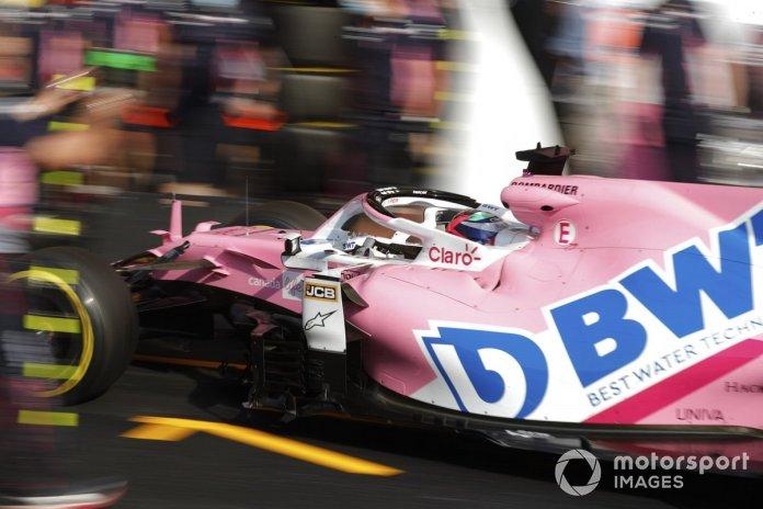 Sergio Pérez, Racing Point RP20, en pits