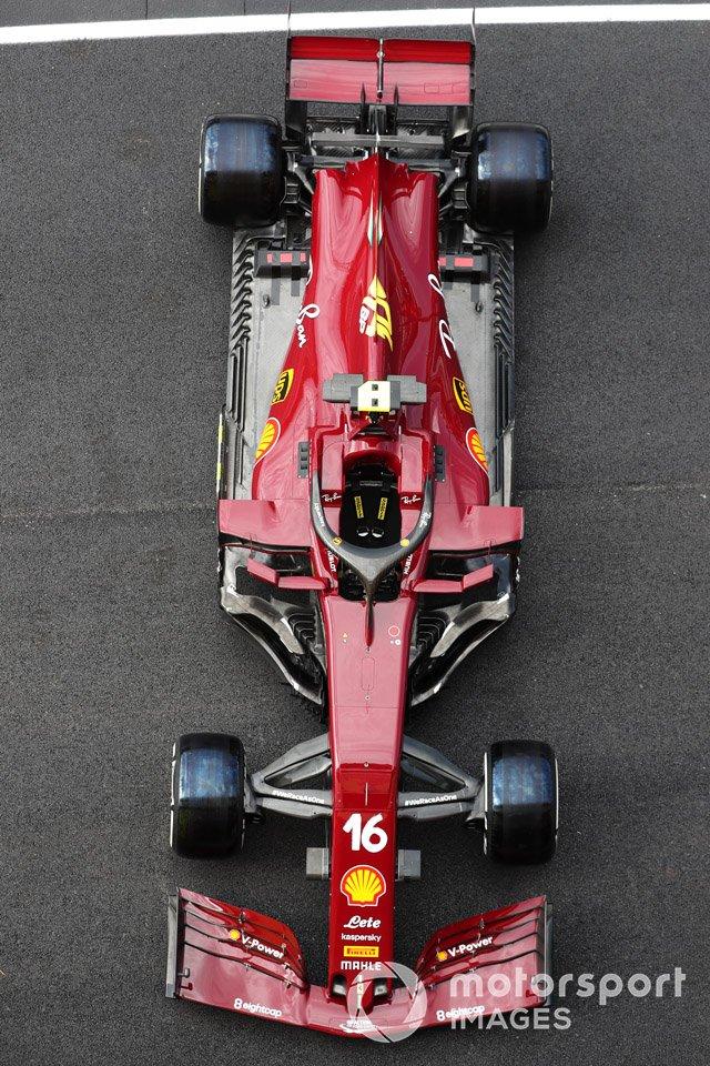 El coche de Charles Leclerc Ferrari SF1000