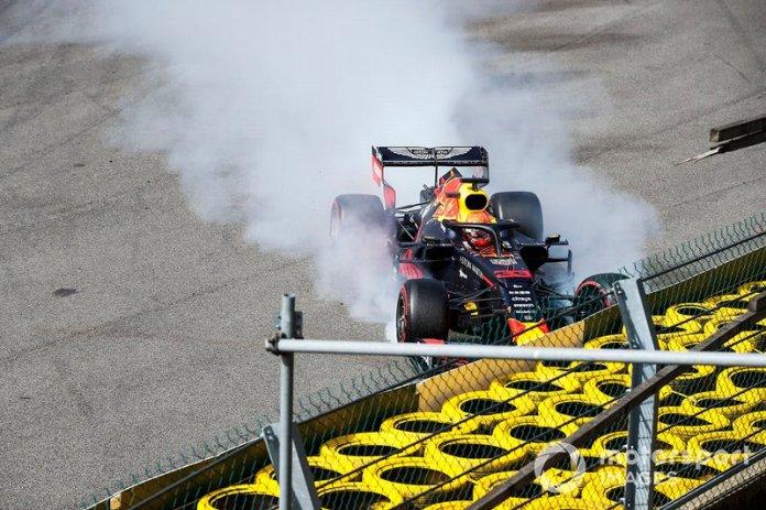 Max Verstappen, Red Bull Racing RB15, se estrella en la primera vuelta