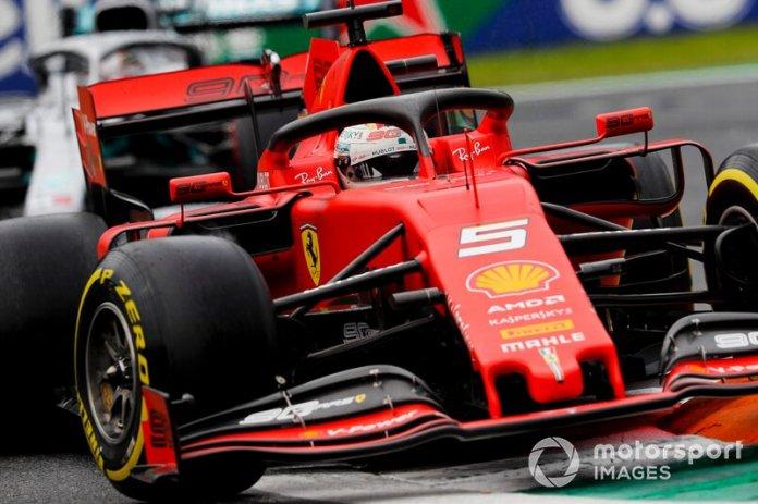 """Para Vettel: """"Necesitamos que presiones ahora""""."""