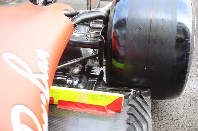 Ferrari SF90, suspensión trasera