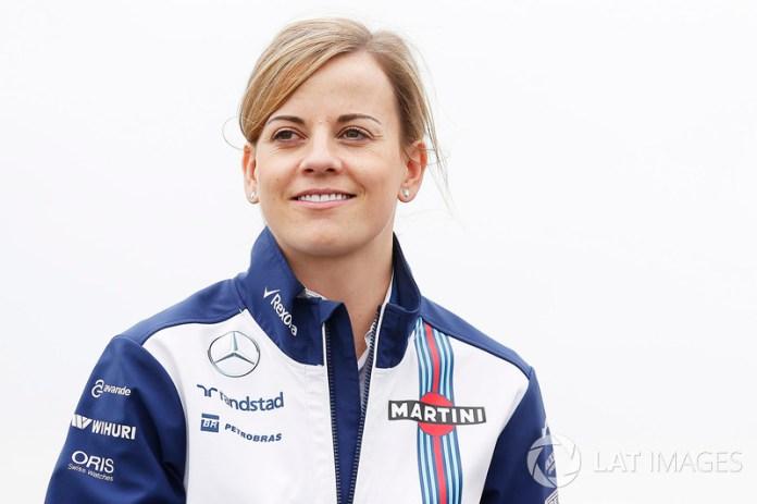 Desde inicios de la década de los noventa, en Brasil 1992 exactamente, una mujer no participaba oficialmente en alguna sesión de un fin de semana de Gran Premio. Susie Wolff lo hizo en cuatro ocasiones, dos en 2014, dos en 2015.
