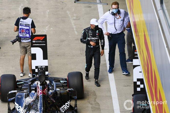 Segundo puesto Valtteri Bottas, Mercedes-AMG F1, en Parc Ferme