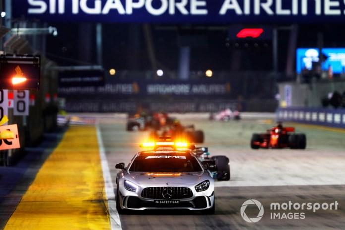 En 11 ediciones de esta carrera, el coche de seguridad apareció en pista en todas ellas. Los accidentes y las altas temperaturas son algunos de los factores de que sea así.