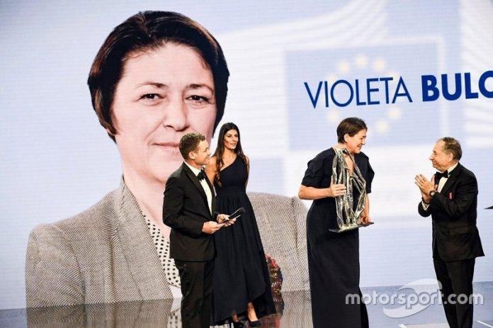 Violeta Bulc con Jean Todt, presidente de la FIA