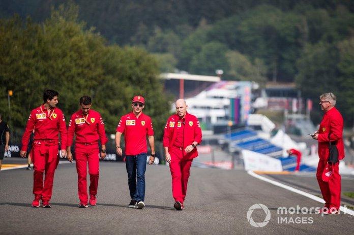 Charles Leclerc, Ferrari, makes a trackwalk with his team, including Jock Clear, racing engineer Ferrari.