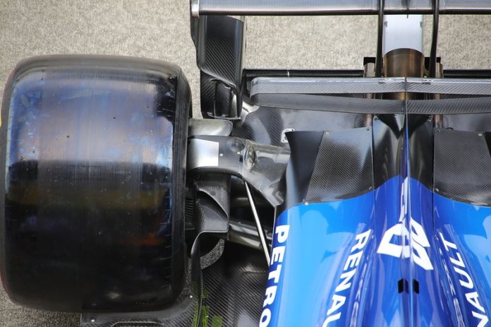 Detalle trasero del McLaren MCL34