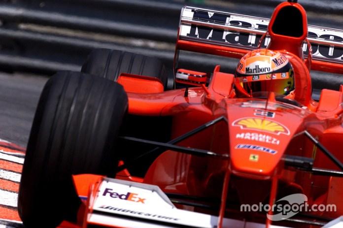 2000: un antes y un después en el diseño de casco de Schumacher