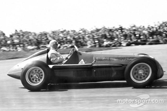 1: Giuseppe Farina, Alfa Romeo 158