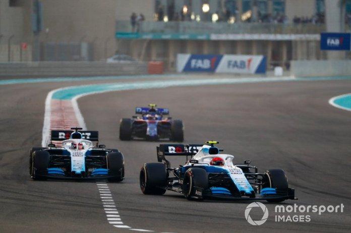 Robert Kubica, Williams FW42, George Russell, Williams Racing FW42