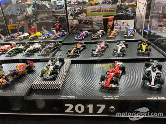 Colección de coches miniatura de F1