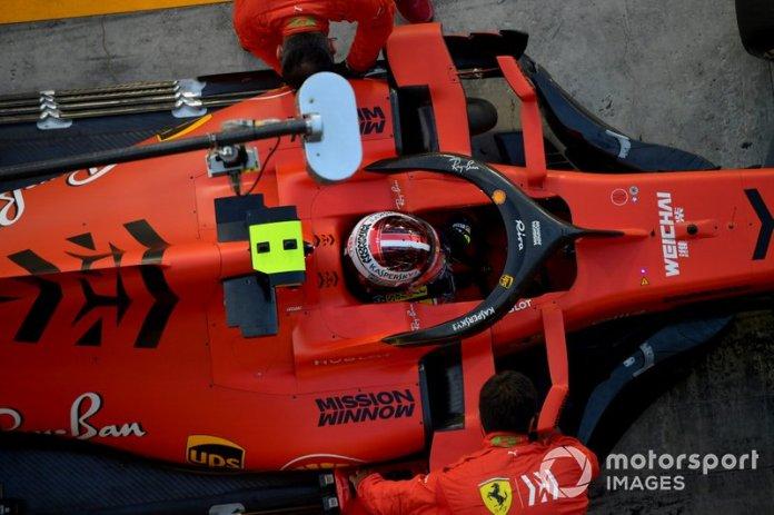 Charles Leclerc, Ferrari SF90, al box