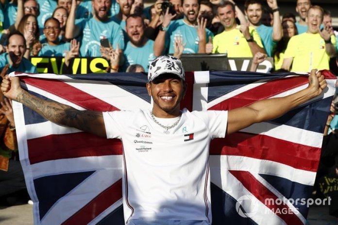 Campeonatos de Lewis Hamilton: 6