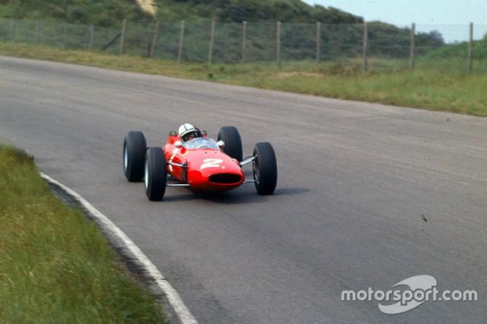 """""""El piloto que nunca sintió miedo es un idiota"""". John Surtees"""