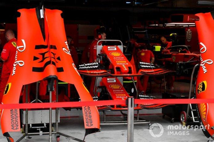 Alerón delantero y cubierta del motor del Ferrari SF90