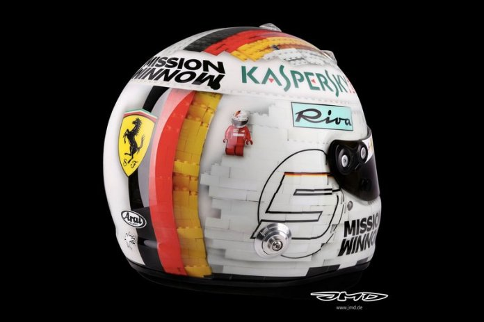 El casco de Sebastian Vettel, Ferrari, para el GP de España