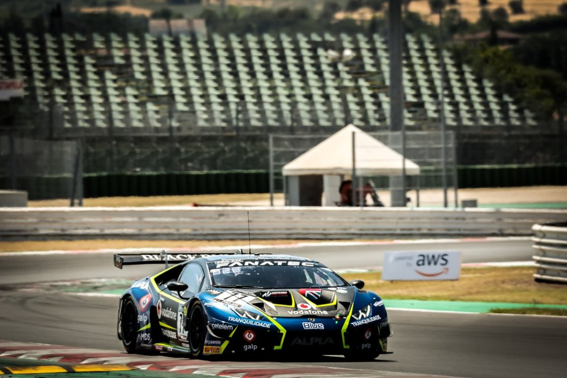 # 77 Barwell Motorsport Lamborghini Huracan GT3 Evo: Miguel Ramos, Henrique Chaves