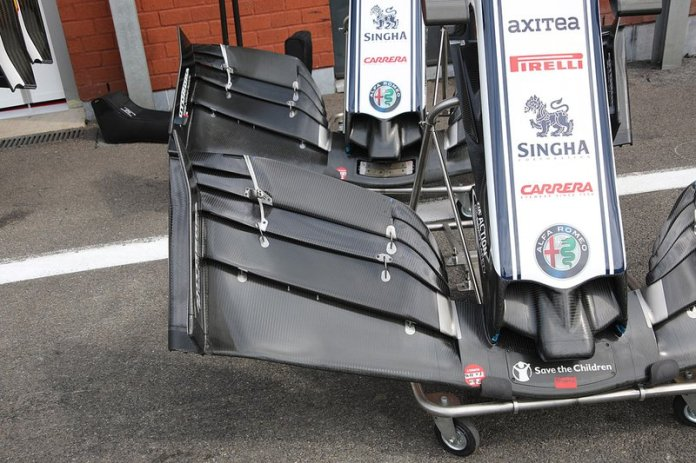 The front wing of the Alfa Romeo Racing C38